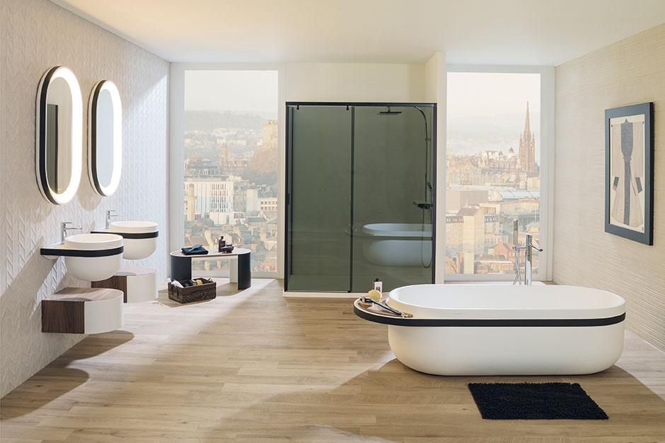 Washbasin: Aro ; Drawer Unit: Aro ; Mirrors: Aro ; Bathtub: Aro ; Bench:  Aro ; Shower Column: Balans Termo