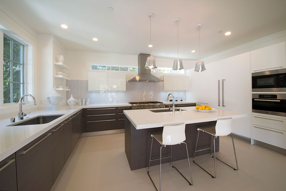 Kitchen Design: G 645 Roble Canamo Horizontal Grain (base Cabinets, Island  U0026 Tall Cabinet To The Left Of Window); G 410 Matte Lacquer Blanco ...