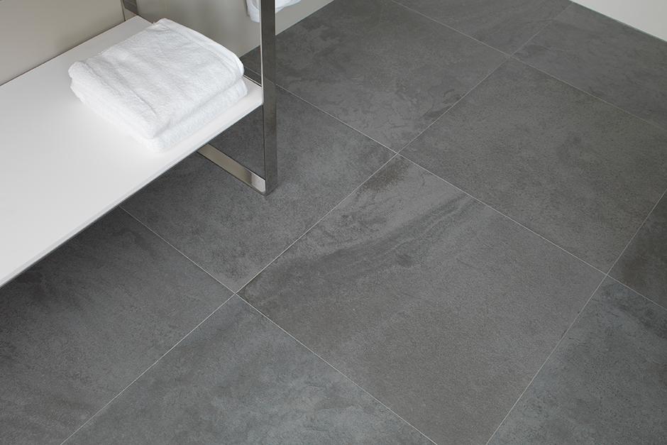 Urbatek through body porcelain tiles porcelanosa for Porcelanosa floor tiles
