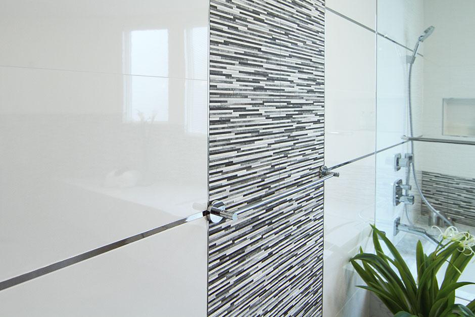 Palo Alto Bathroom Remodel CA Porcelanosa