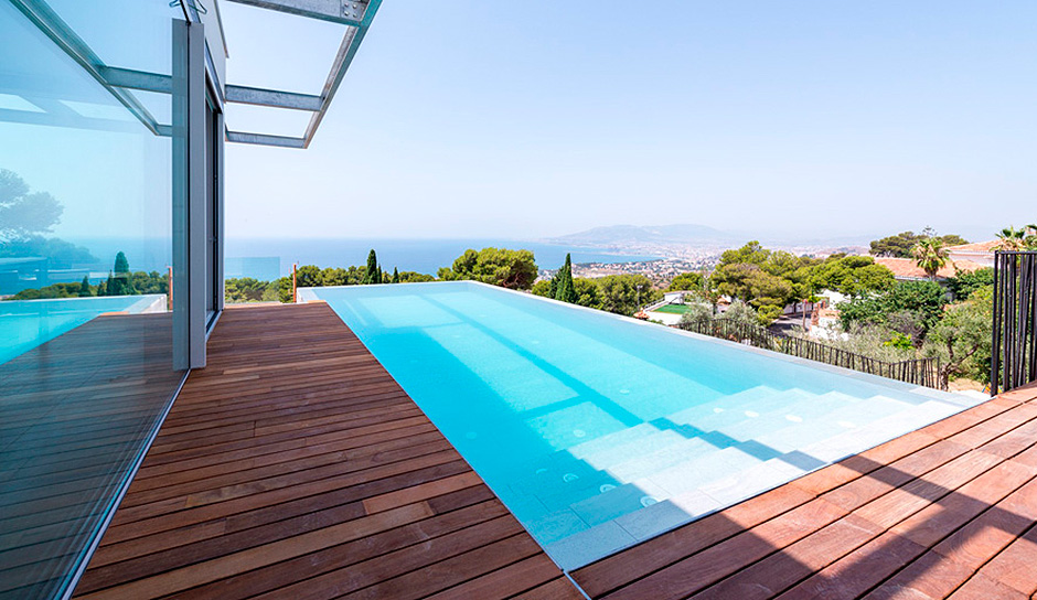Exclusive Swimming Pools From Porcelanosa