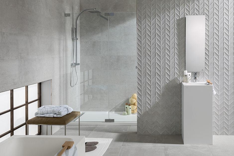 What s trending herringbone chevron porcelanosa for What s new in bathrooms 2015