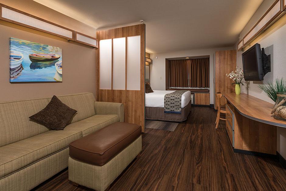 Suite-room-sofa