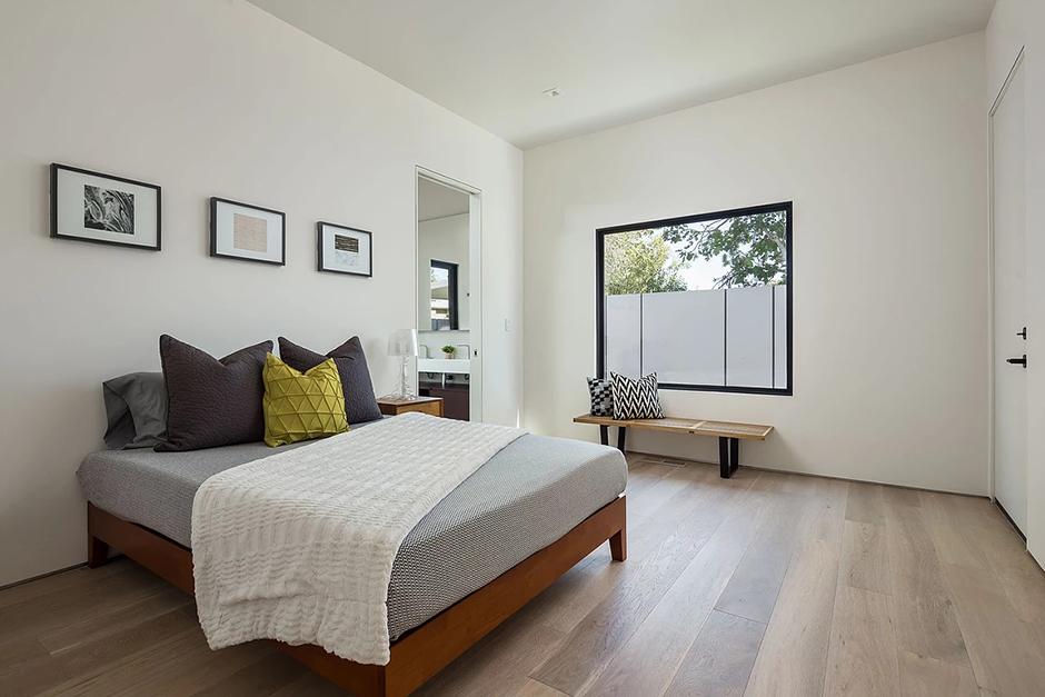 Palo-Alto Bedroom