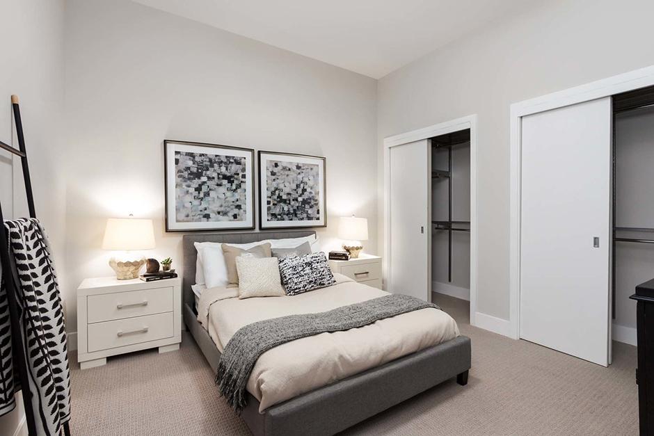 11 Park Bedroom