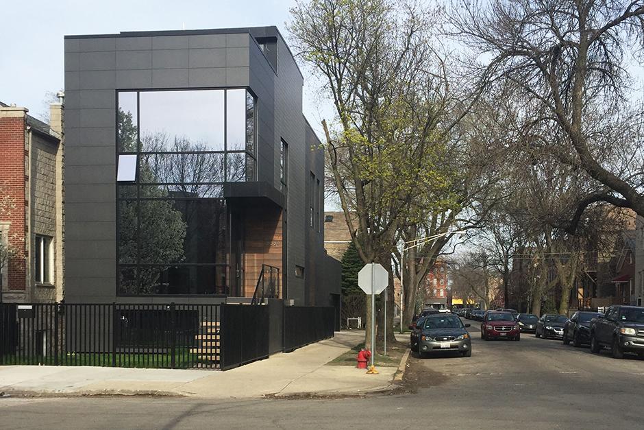 Private House, IL