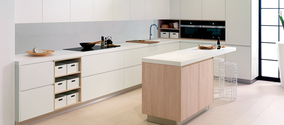 Add a Porcelanosa countertop to you new kitchen. Choose from our KRION® Solid Surface material or XTONE large format porcelain sheets.